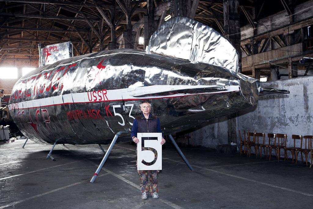 atomik submarine